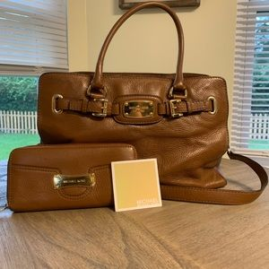 Leather Michael Kors purse & matching wallet!